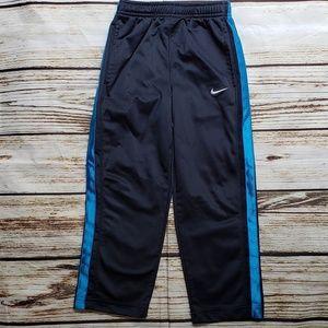 Nike size 5 boys pants